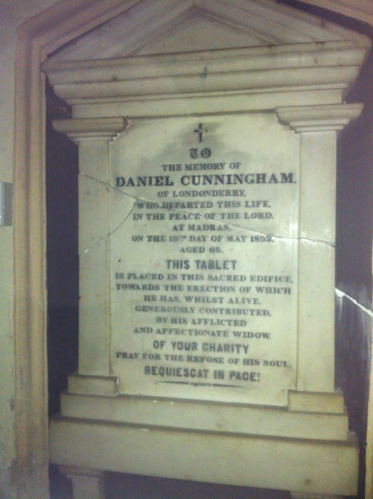 Enquete Singapour - Plaque de Daniel CUNNINGHAM dans la Cathedral of the Good Shepherd